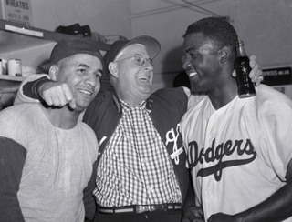 roy-campanella-burt-shotton-and-jackie-robinson-1950.jpg